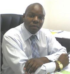 Vusie Zikiza, estate agent