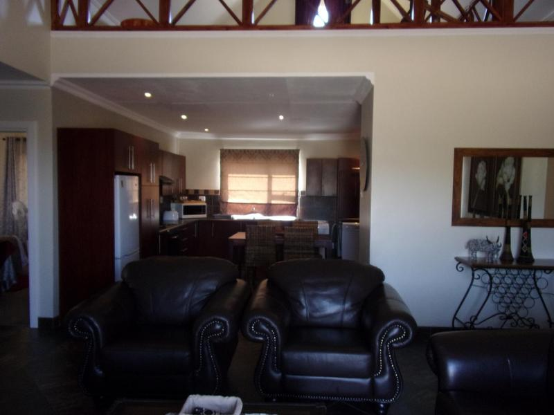 Property For Sale in Queenstown, Queenstown 37
