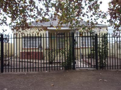 Property For Sale in Queenstown, Queenstown