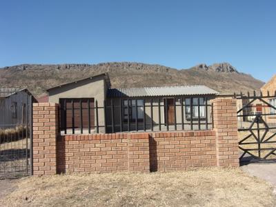 House For Sale in Ezibeleni, Ezibeleni