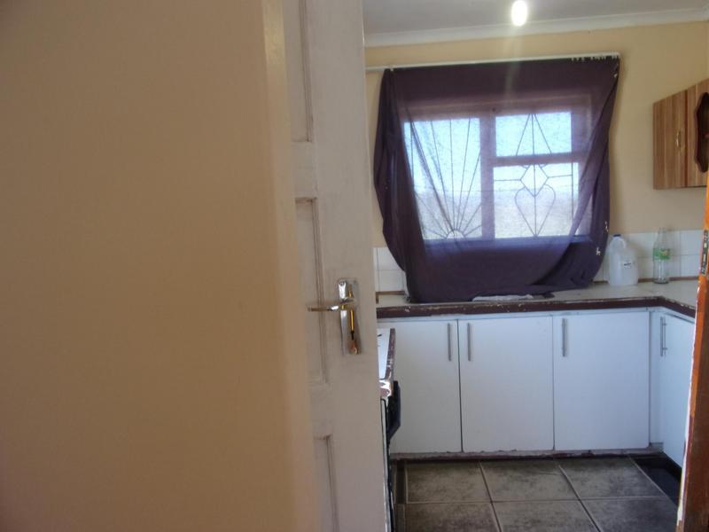Property For Rent in Queensview Park, Queenstown 4