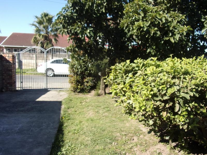 Property For Sale in East London, East London 4