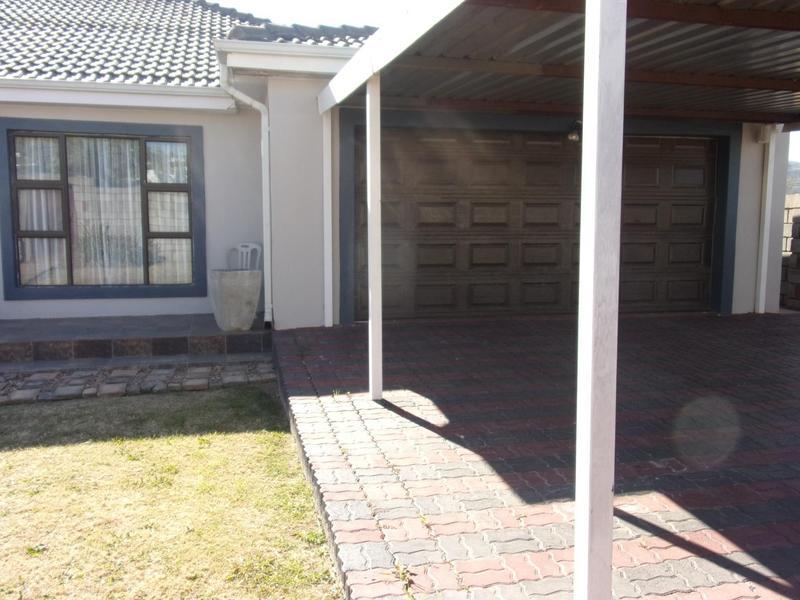 Property For Rent in Ezibeleni, Ezibeleni 4