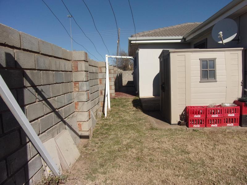 Property For Rent in Ezibeleni, Ezibeleni 13