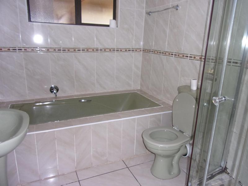 Property For Rent in Ezibeleni, Ezibeleni 24