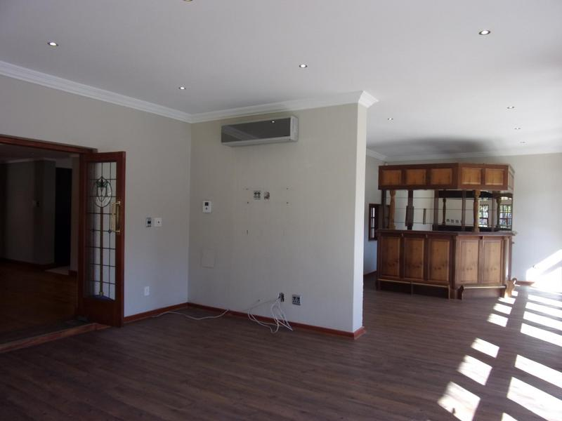 Property For Sale in Top Town, Queenstown 32