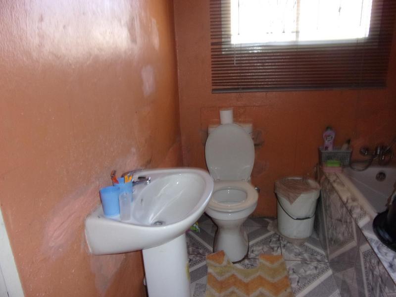 Property For Sale in Ezibeleni, Ezibeleni 7